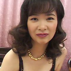 Akane Mochiduki